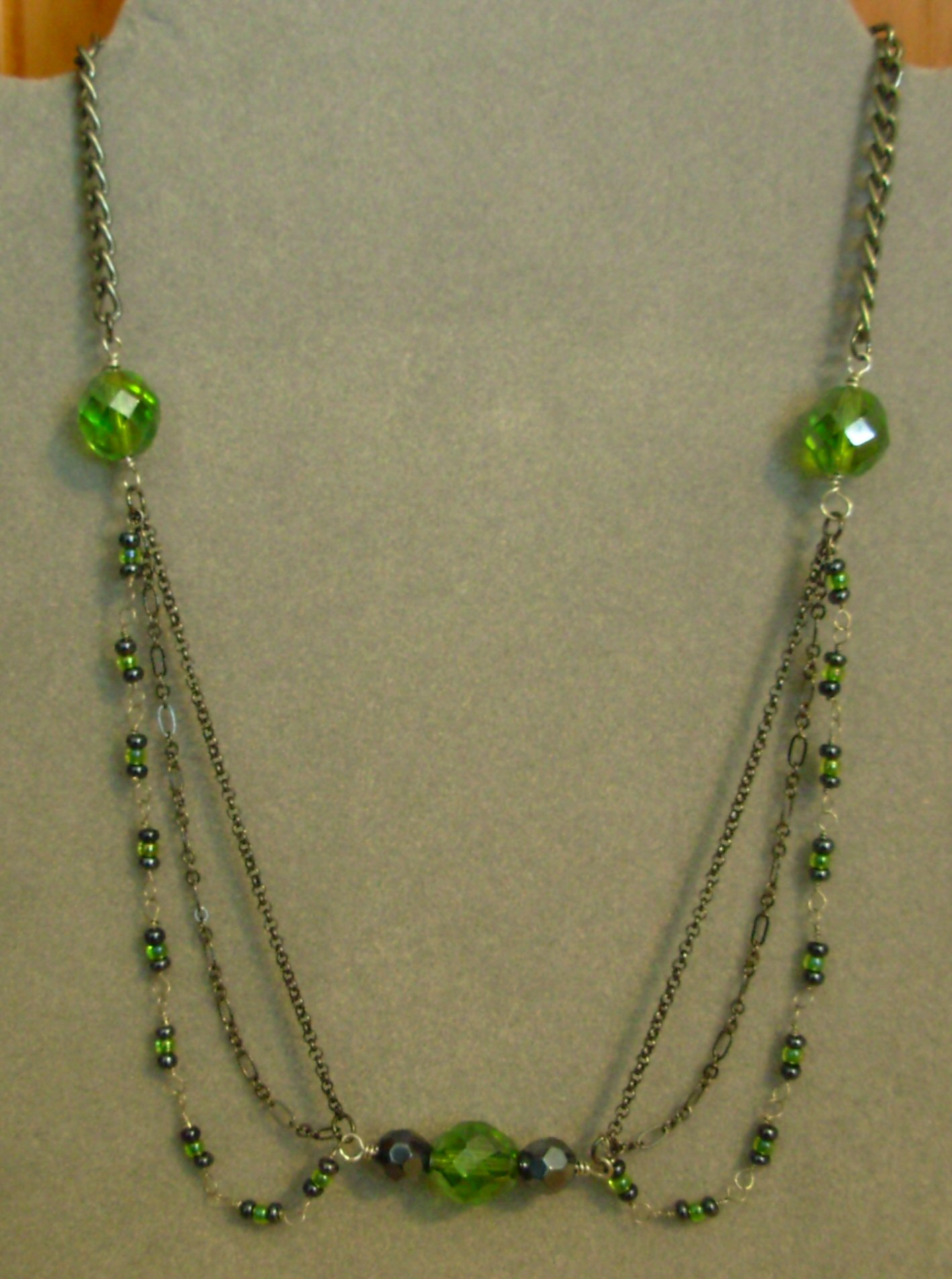 Chain Green Necklace